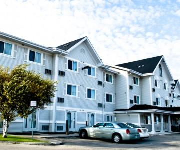 Country Inn & Suites Winnipeg Hotel