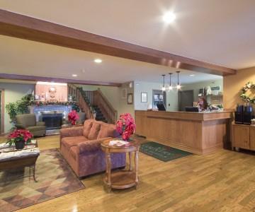 Country Inn & Suites Winnipeg Hotel Lobby